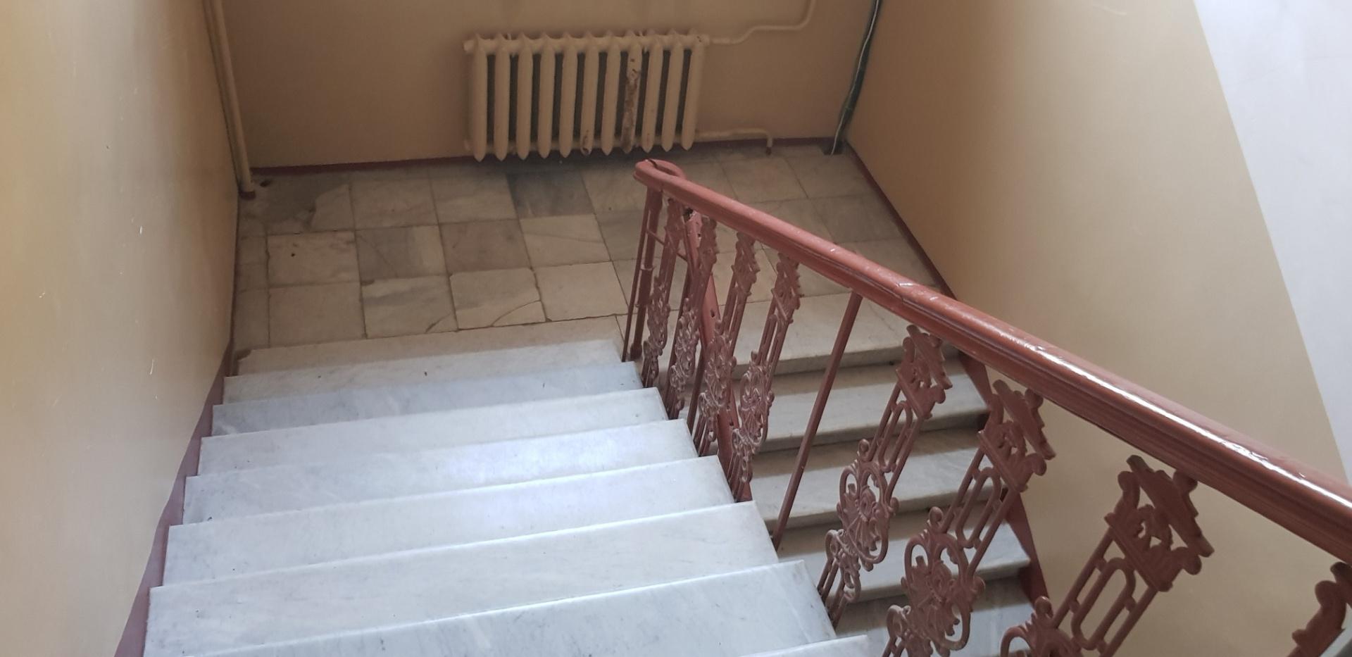 продажа многокомнатной квартиры номер A-151993 в Приморском районе, фото номер 26